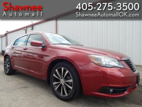 Pre-Owned 2013 CHRYSLER 200 TOURING Front Wheel Drive SD